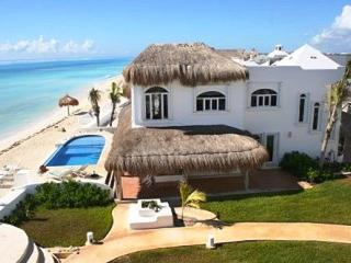 MAYA - CANT4 Extraordinary ocean front villa with colonial modern decor and an amazing turquoise sea., Paamul