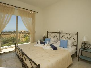 Ioannis Gardens Townhouse, Paphos