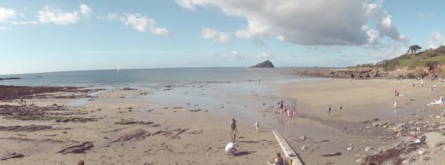 Wembury Beach - Only 5 minutes away - Walk to Heybrook bay and have a pint in the Eddystone Inn