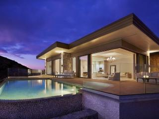 Jewel Box Villa - Beach Front - 2 Bedrooms, Virgin Gorda