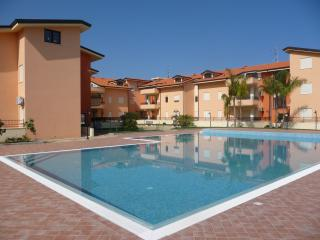 Garden apartment sleeps 6, Pizzo