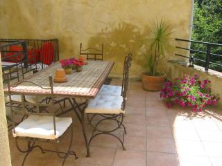 Apartment, Ceret