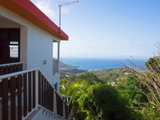 La case aux vents - La madras - Sainte-Luce vacation rentals