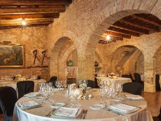 Villa 15th cent. restored by Sitges up to 40