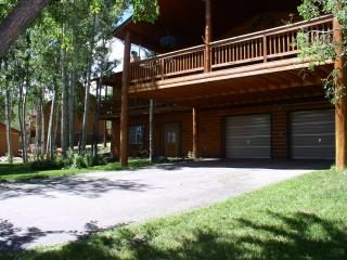 Large Covered Deck - Wildlife 18 Miles Wolf Creek, South Fork