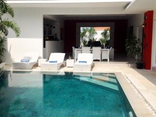 1 Bedroom Luxury Villa - Berawa Beach - Canggu - Kerobokan vacation rentals