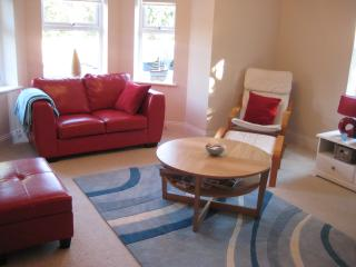 Boscombe Manor Apartment - Situated in quiet road, Bournemouth