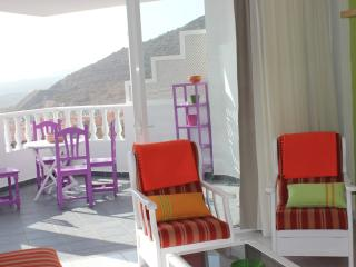 SUPERB APARTMENT WITH SEA VIEW, Adeje