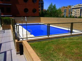 Apartment w. Pool and Terrace!, Madrid