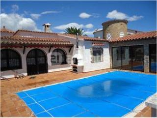 House With Pool And Mooring, Empuriabrava