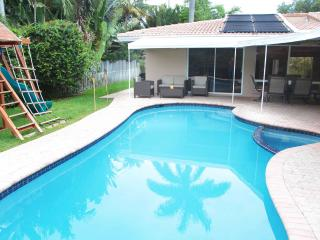 Palm Cove.Close to it All Beaches! Large 4/3.Wow!, Fort Lauderdale