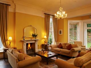 Stay at Number 10, Brecon