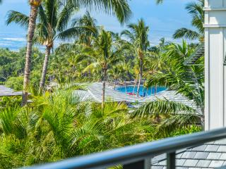 Kolea Condo 9E - Partial Ocean Views - Newly Renovated - Cleaning Included, Waikoloa