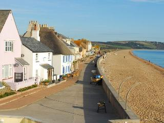18 At the Beach - 652, Torcross