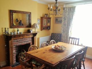 SPACIOUS  VICTORIAN RESIDENCE, Ryde