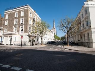 7060-Georgian 4 Bed in the heart of Victoria, London