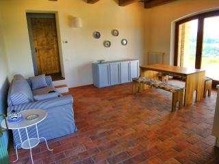 Ideal rural retreat in the Marche - Urbino area, Montelabbate