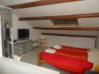 Bedroom for holiday, Pesaro