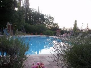 Villa Gentili - spacious villa with private pool, Caprese Michelangelo
