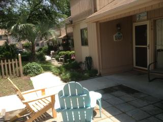 Excellent 3 Bedroom Townhouse with a Terrace and G, Myrtle Beach