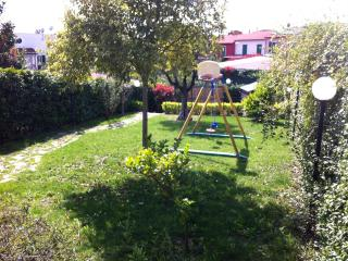 Cozy house with garden and parking car near Rome - Formello vacation rentals
