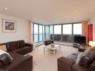 Waterfront View Apartment - Edinburgh vacation rentals