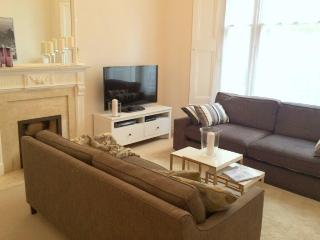 New Hyde Park Luxury Rental for 6, Londres