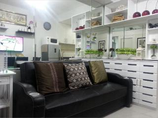 1BR Fully Furnished Condo Unit@Sea Residences,MOA, Pasay