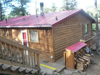 Comfy Cabin - 2 King Bedroom Hot Tub Property, Ruidoso