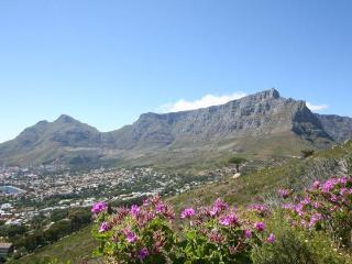 Superb Cape Town flat with sea stunning views, Kalk Bay