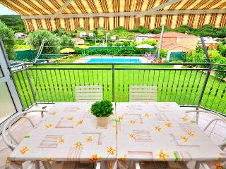 Accommodation in Tugare with a private pool, Krilo Jesenice