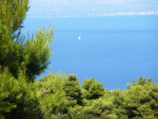 Villa Xanthippe in unique location and sea view, Kalamos