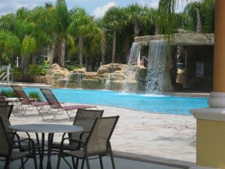 Fantastic Vacation Home on Candy Palm Rd at Paradise Palms, Kissimmee