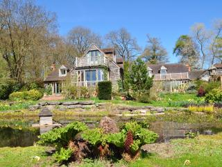 Luxury country house, close London, cinema, garden, Henley-on-Thames
