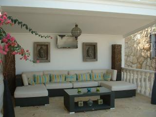 Relax outdoors in style. Beautiful outdoor seating area.