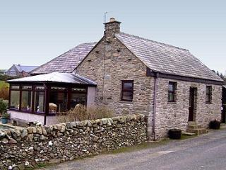 Glen Auchie Cottage,Pet friendly,views to the sea!, Drummore