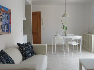 Lovely apt, great location!, Palma de Mallorca