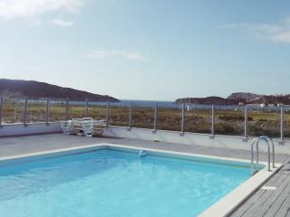 SEA VIEW APARTMENT WITH ROOFTOP POOL AND GYM, Leiria