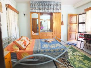 room with terrace and garden, Suva