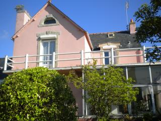 GRANDE MAISON OU 2 APPARTEMENT, Guilvinec