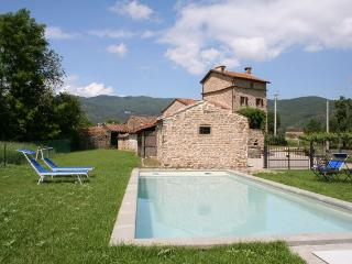 Tuscany traditional 3 bedroom farmhouse, Cortona