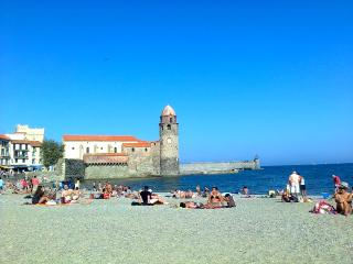 Comfortable Collioure 3-bedroom central apartment