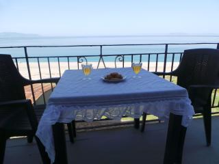 EOLIA apartement in front of the sea. 4 places, Milazzo