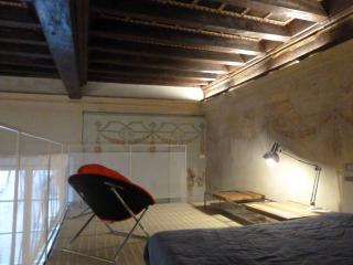 Apartment in historic building, Modena