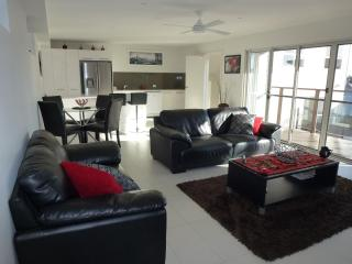 BHavan - your home away from home. New apartment., Port Macquarie