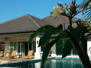 LAKESIDE POOL VILLA in LAGUNA, Hua Hin