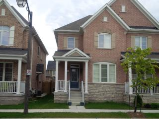 BEST VACATION HOME IN TORONTO CANADA 3 Bedroom / 3, Markham