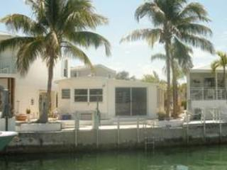 Waterfront 2/2 with 35' Dock in the Lower Keys, Cudjoe Key
