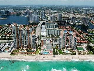 BEAUTIFUL APTARTMENT STEPS FROM THE BEACH, Sunny Isles Beach
