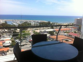 SEAVIEW 2B APARTMENT, Larnaka City